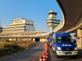 MLW 5 und Kipper 9t mit Anh vor Flughafen Tegel