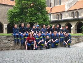 Gruppenfoto vor Naumburger Dom (2)